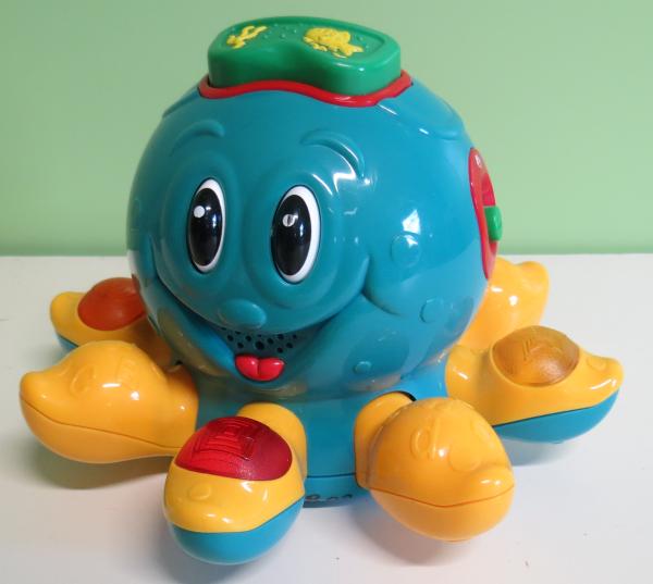 B002: Little Octopus