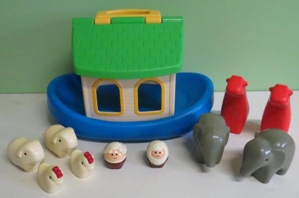 B063: Little Tikes Noah's Ark