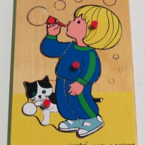 P024: Girl Blowing Bubbles Puzzle