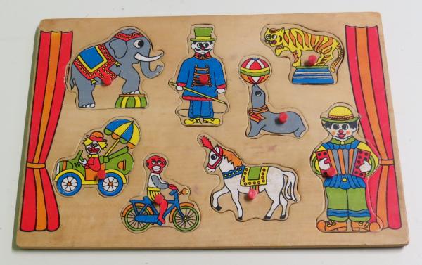 P042: Circus Puzzle