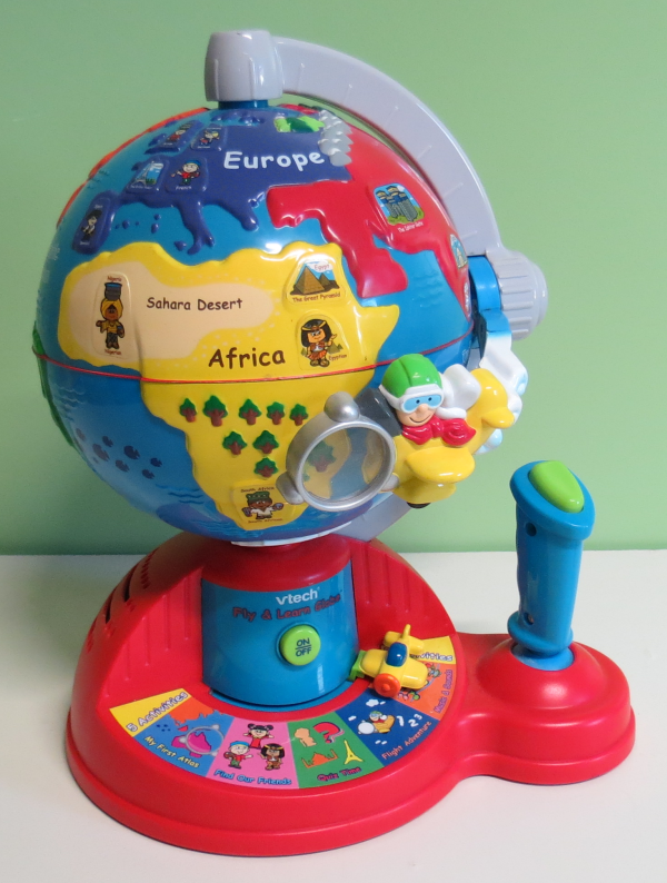 T004: VTech Fly and Learn Globe