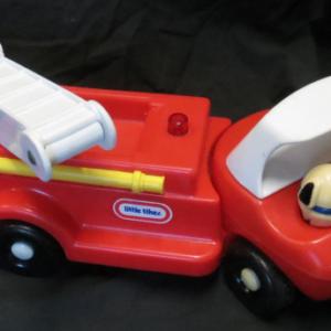 V004: Little Tikes Fire Truck