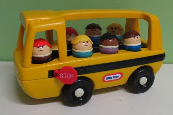 V007: Little Tikes Bus