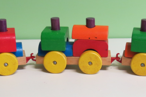 V008: Wooden train Set